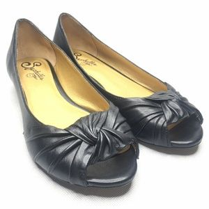 Seychelles Peep Toe Flat Black Knot Detail Leather